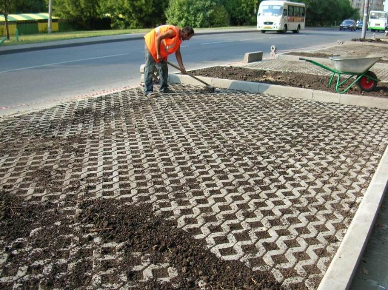 Укладка тротуарной плитки под автостоянку своими руками 74